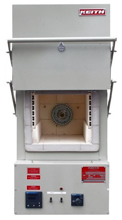 Heat treat furnace with circulation fan